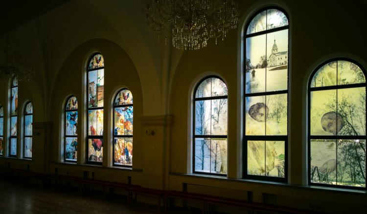 «ФотON»: авторская видео-экскурсия по выставке Юлии Бориссовой «Димитрий»